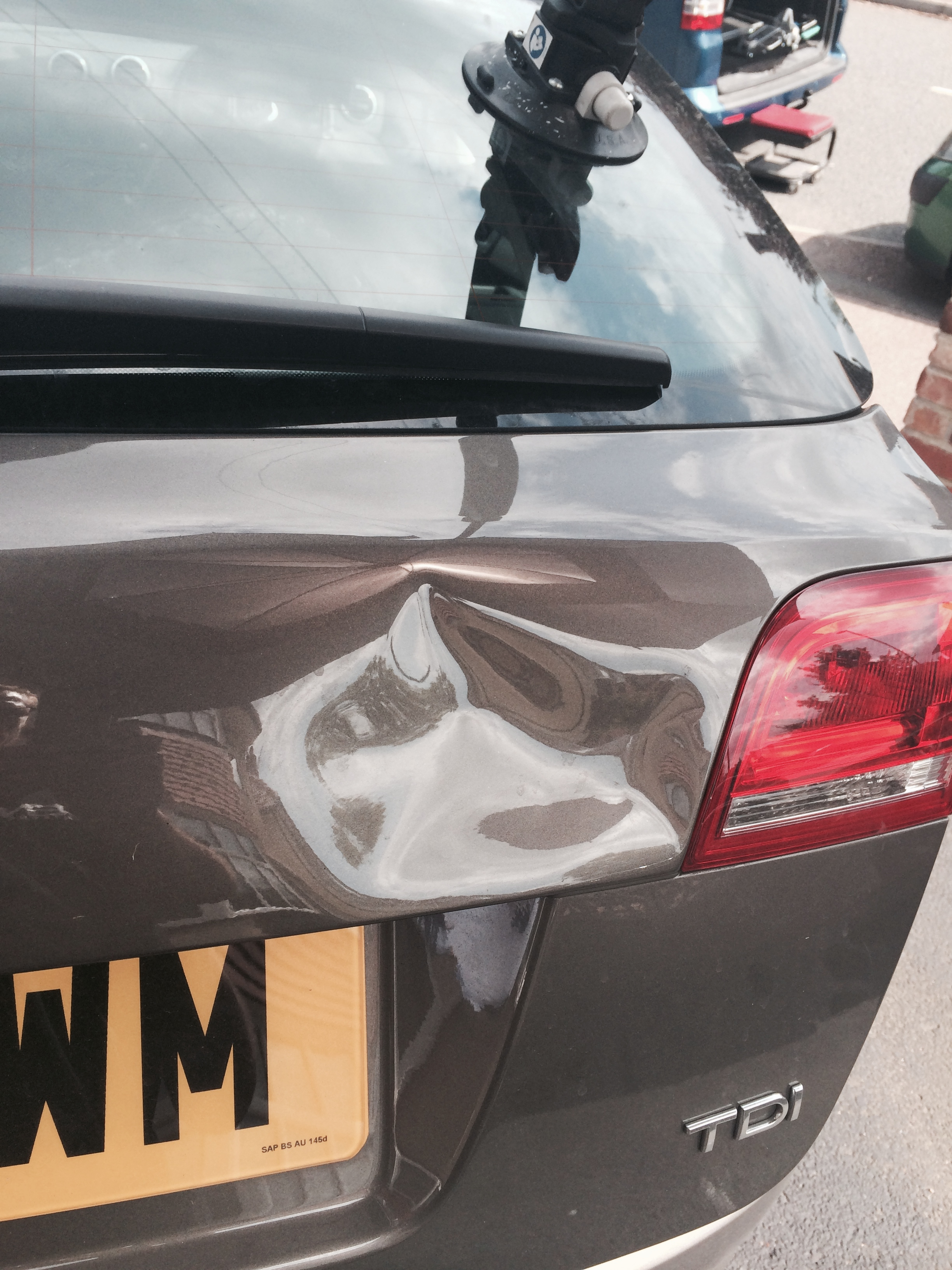 PDR Peterborough, dent repair peterborough, car dent repair peterborough